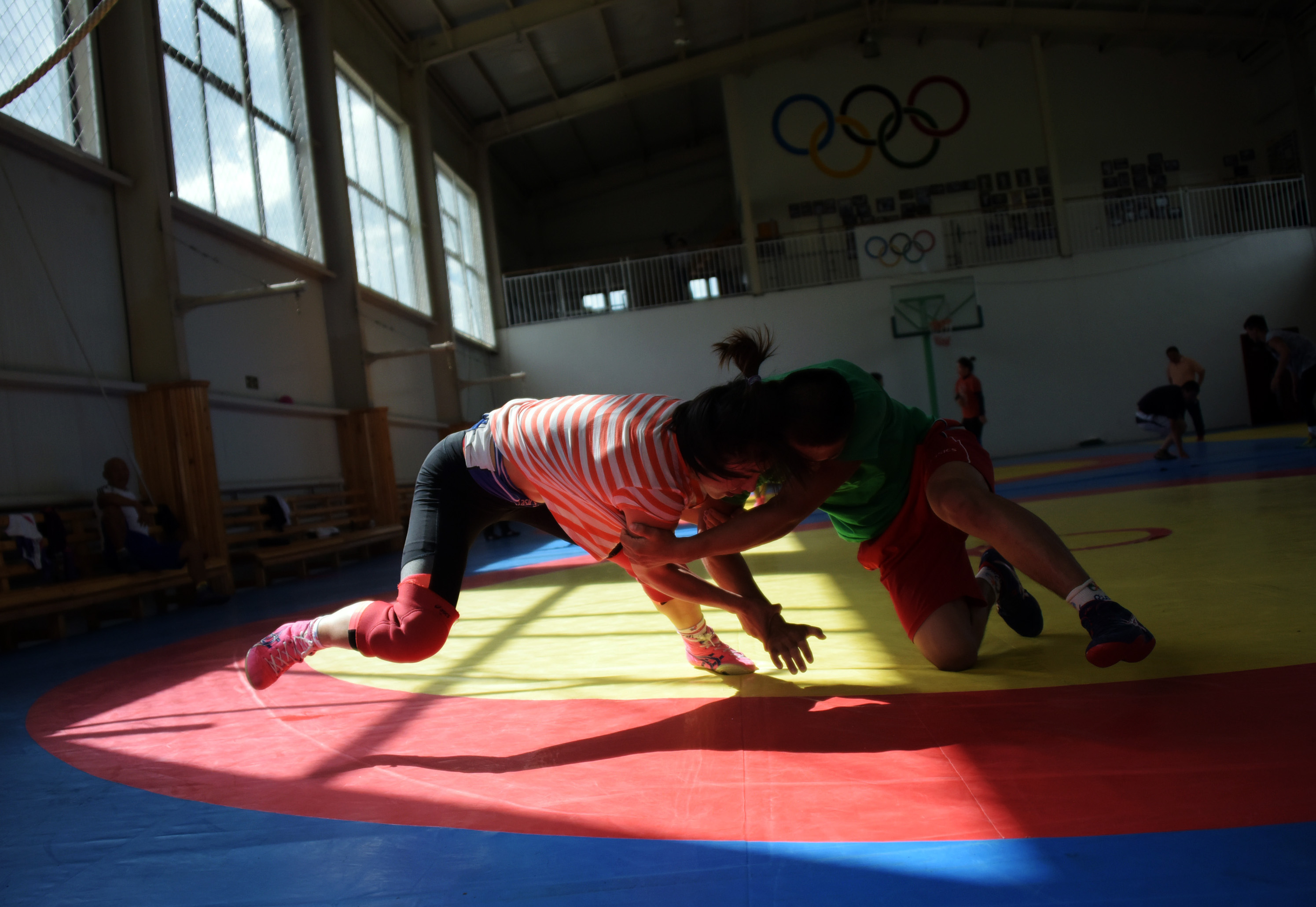 Wrestling: Mongolian women grapple with tradition -