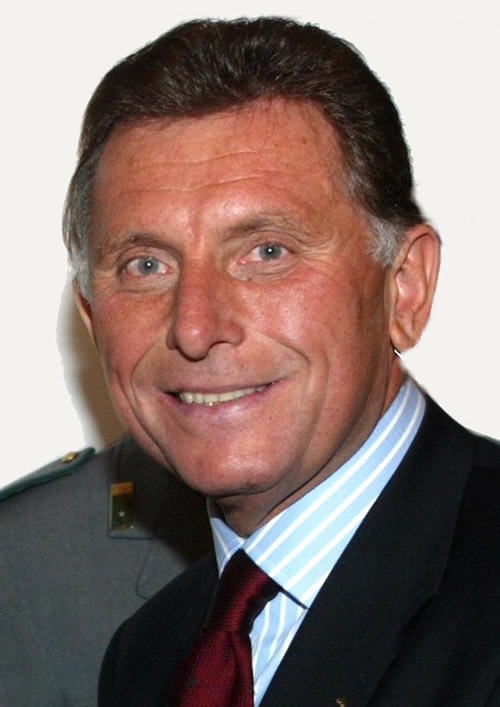 Gianni Gola